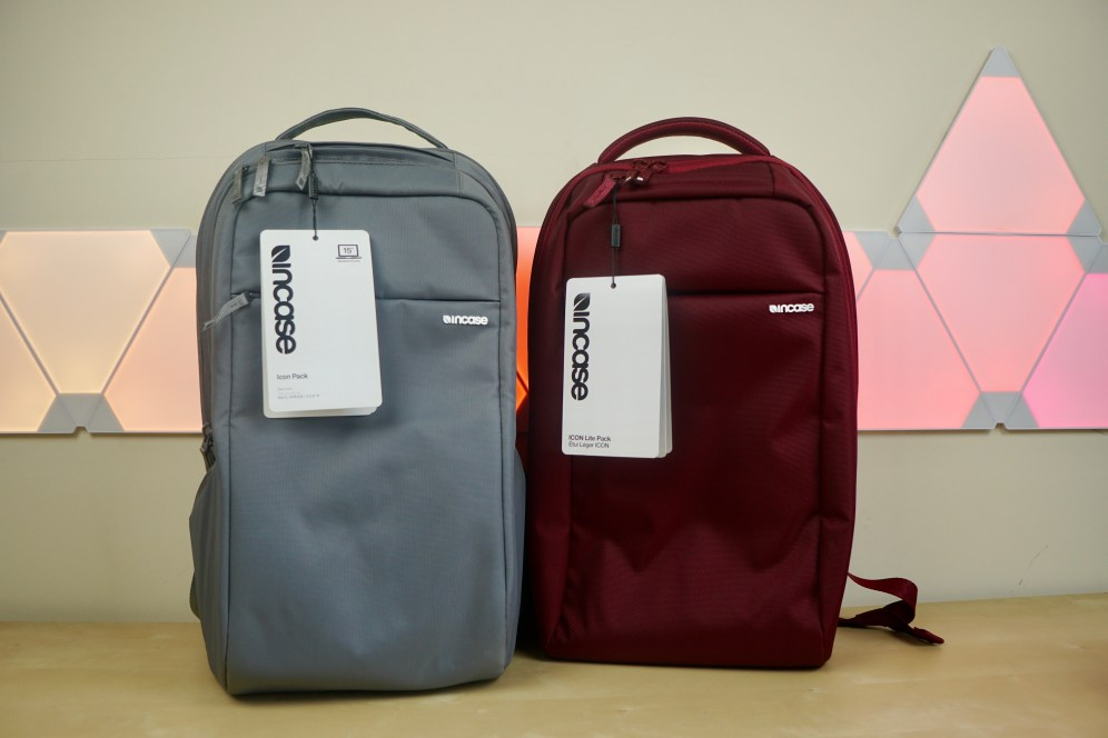 incase-icon-icon-lite-macbook-backpack-1