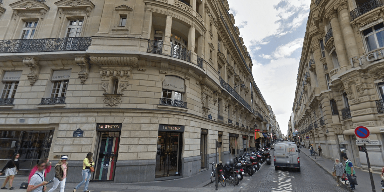 Apple moves forward with plans for new Paris flagship retail store     Apple moves forward with plans for new Paris flagship retail store as it  secures building permit