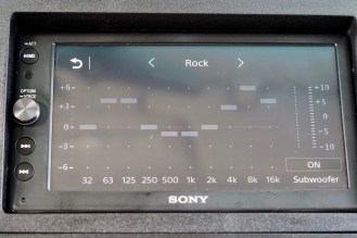 sony-xav-ax100-carplay-3