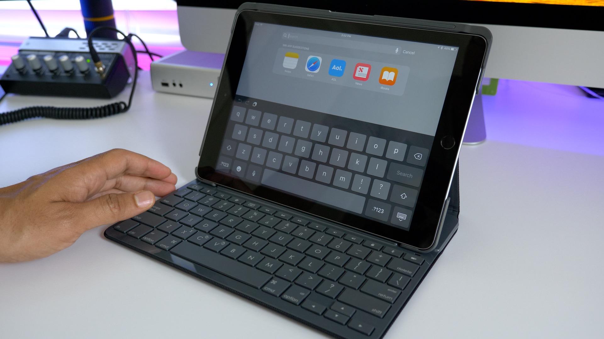 hands on logitech s slim folio keyboard case for 2017 ipad never rh 9to5mac com iPad Keyboard Charging Applie iPad Keyboard