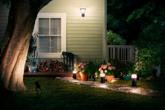Philips-Hue-outdoor-3-2
