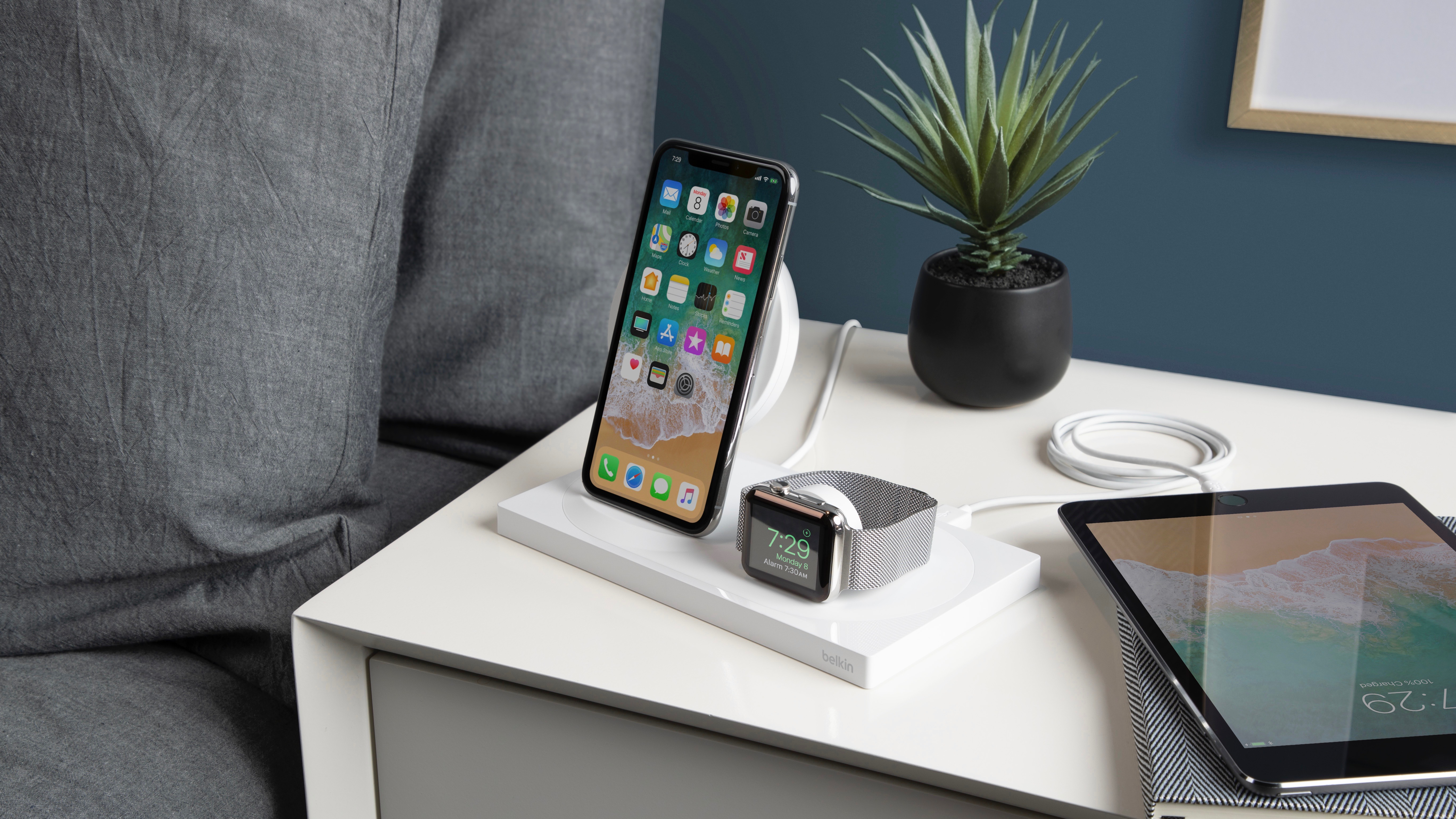 Belkin Unveils Boost Up Wireless Charging Dock For Iphone