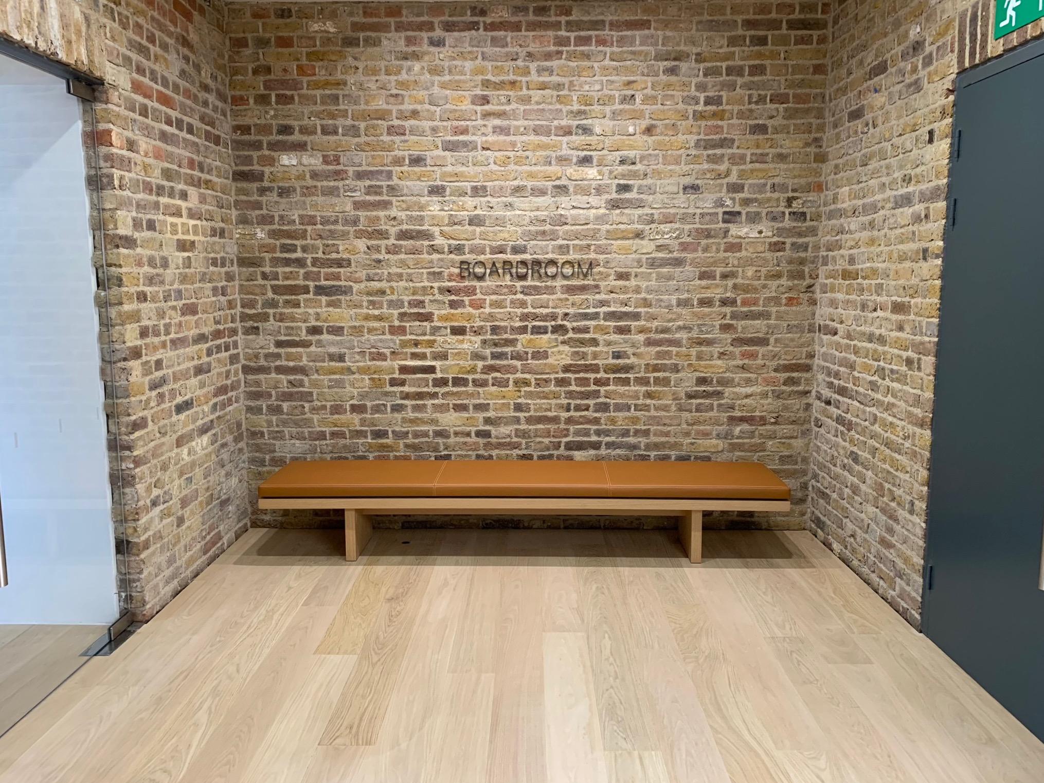 Fine Photos Apple Covent Garden Returns With New Forum Full Inzonedesignstudio Interior Chair Design Inzonedesignstudiocom