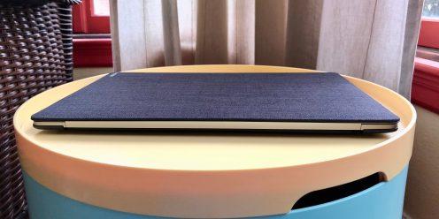 incase-textured-hardshell-macbook-pro-rear