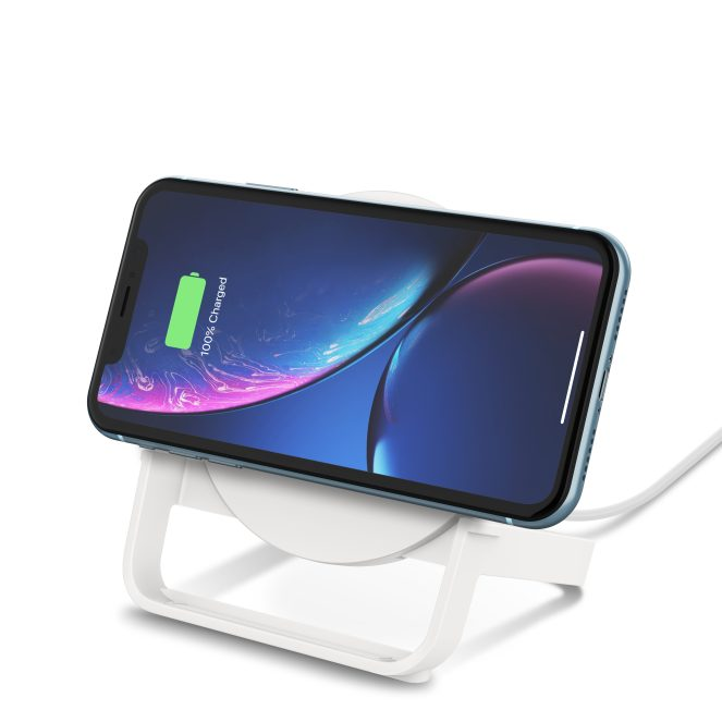Belkin wireless charger stand iPhone