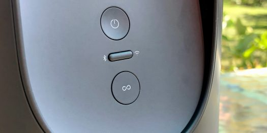 Review Sonos Move Bluetooth portable speaker buttons