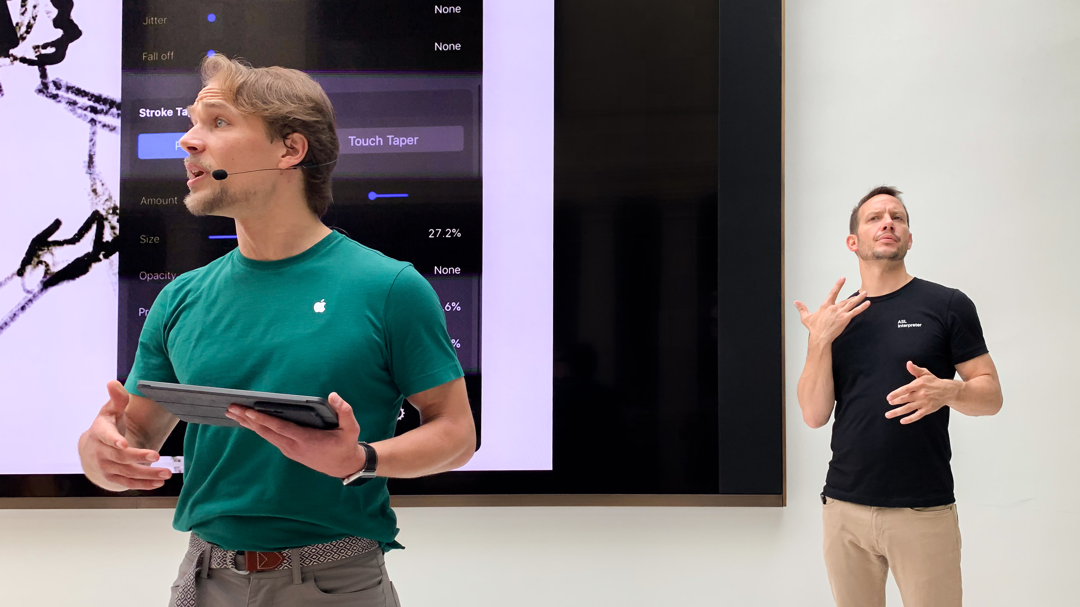 Apple Stores offering free sign language interpreter appointments