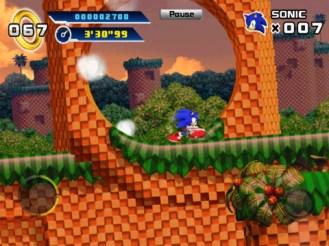 Sonic 4-screen