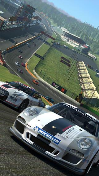 Real Racing 3-iOS-Electronic Arts-free-01