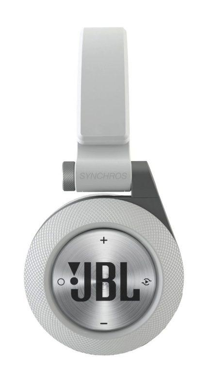 JBL-E40BT-new-Bluetooth-headphones-01