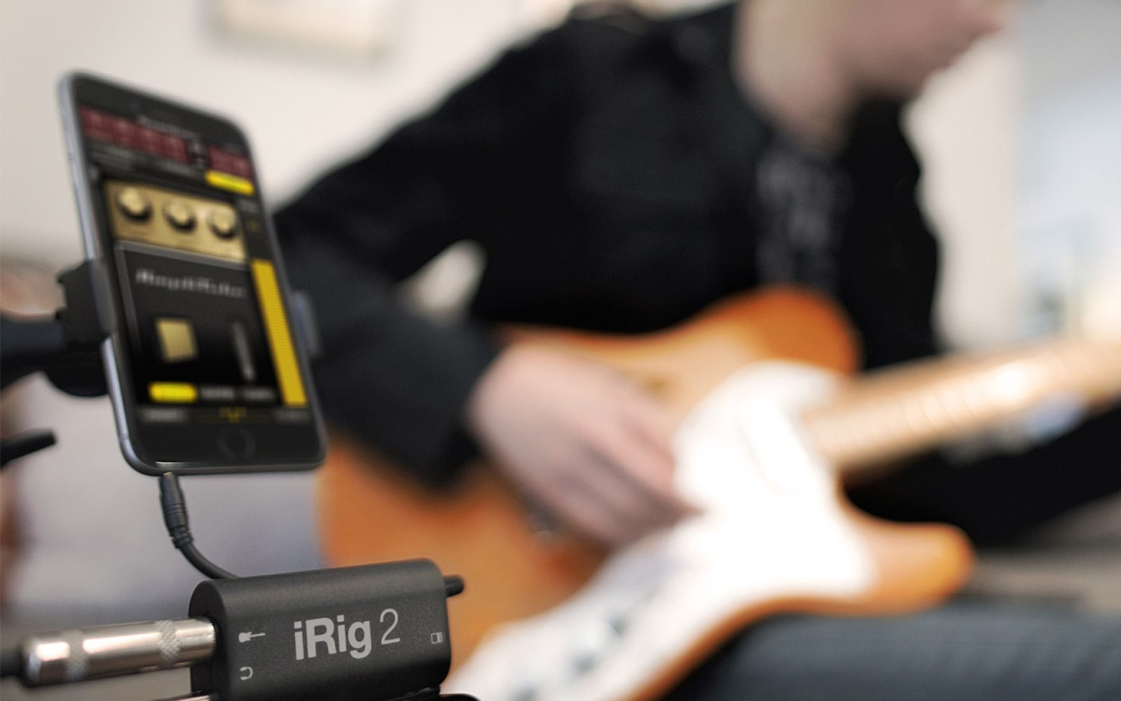 ik 39 s new irig 2 guitar instrument audio interface for ios mac android is now available 9to5toys. Black Bedroom Furniture Sets. Home Design Ideas