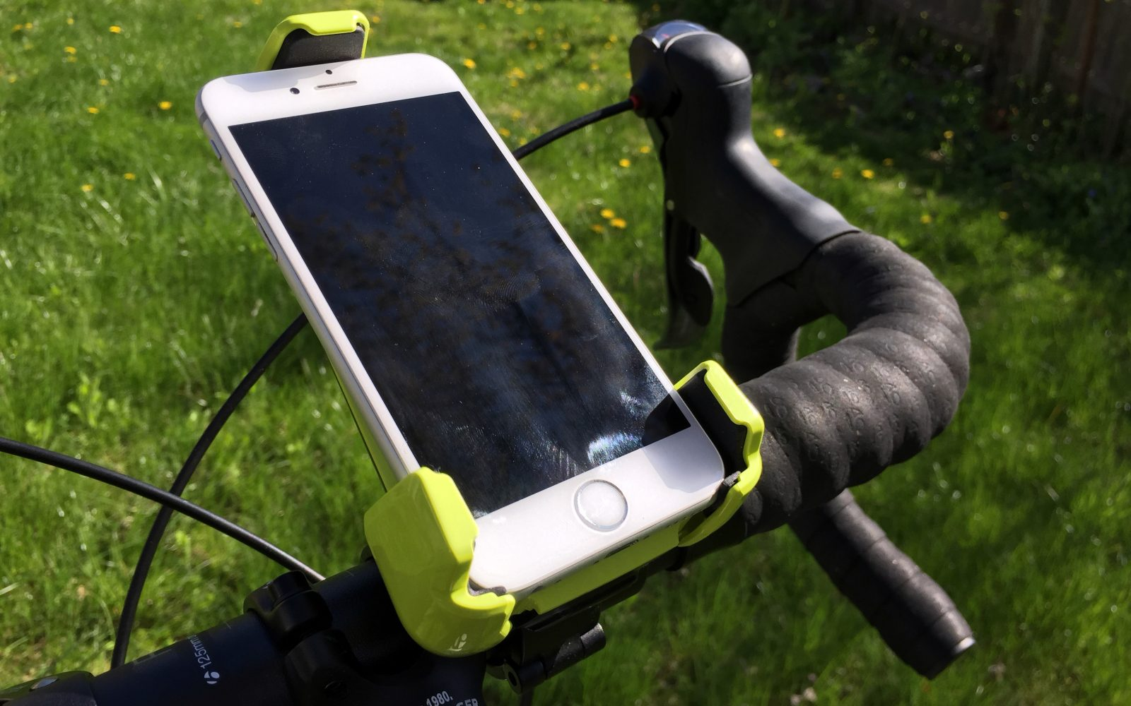 Review: iOttie's Active Edge bike mount safely puts your iPhone