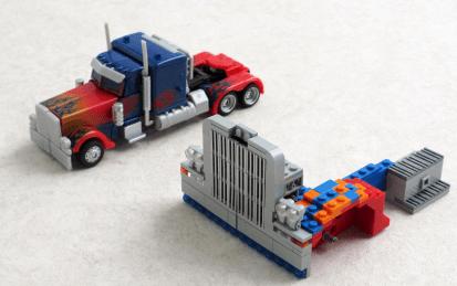 Optimus Prime-Transformer-LEGO-06