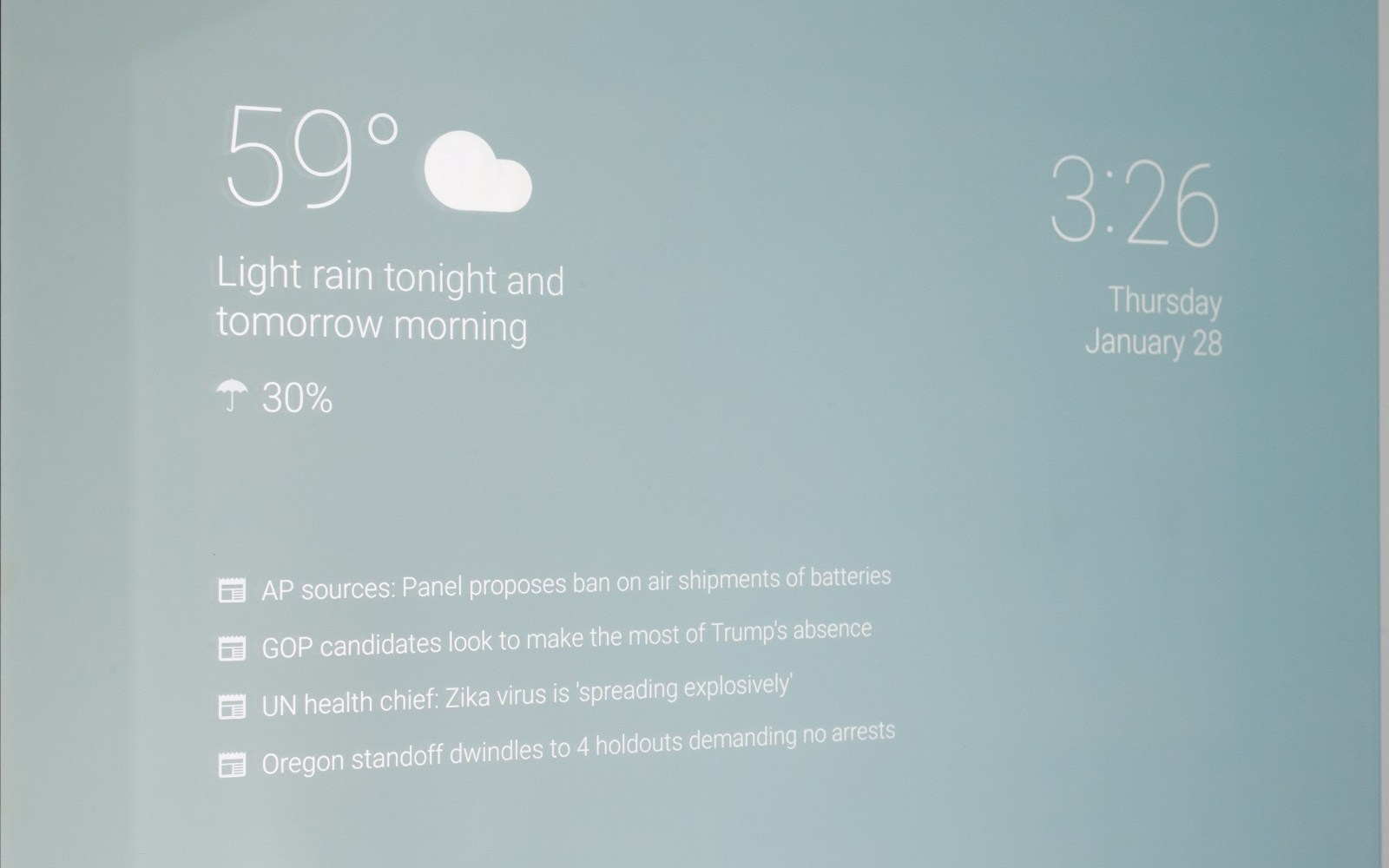 This guy has a built-in Google Now display in his mirror and it's perfect
