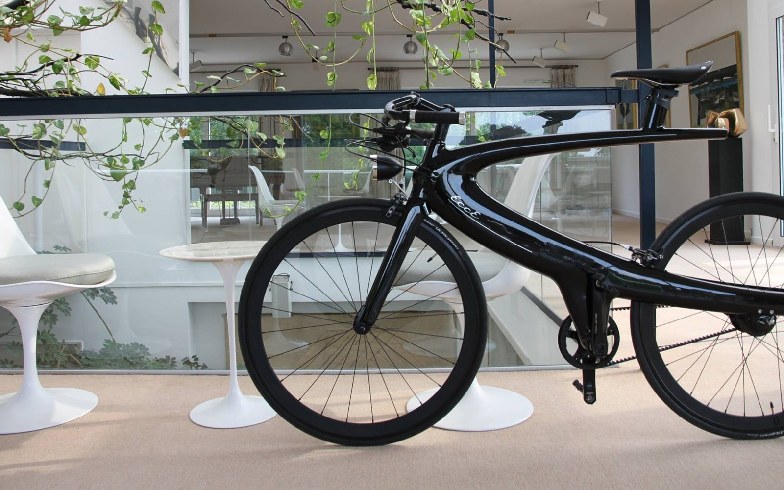 ECCE's stunning bicycles blend high-end materials and sci-fi design