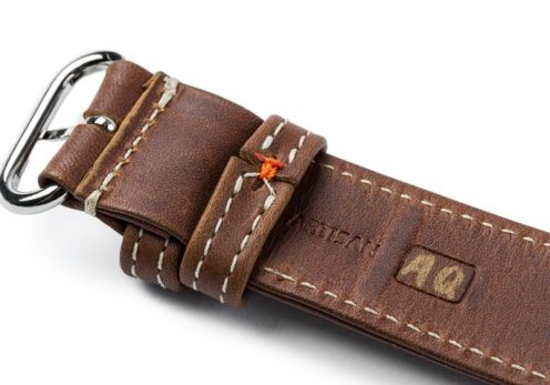 heritage-leather-apple-watch-band-2