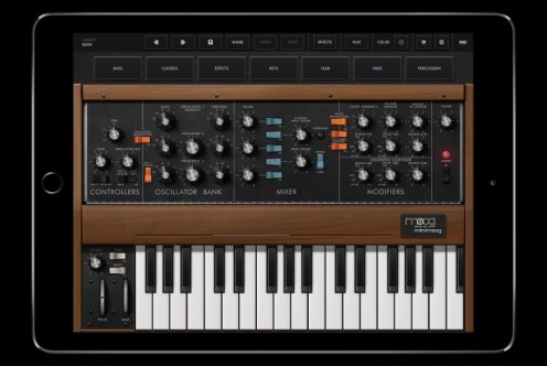 Minimoog Model D for iOS-01