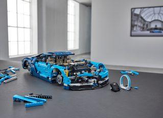 lego-technic-Bugatti-Chiron-13
