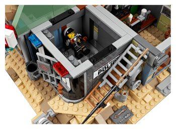 lego-Welcome-to-Apocalypseburg-9