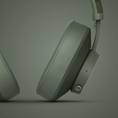 Urbanears Pampas headphones in field green