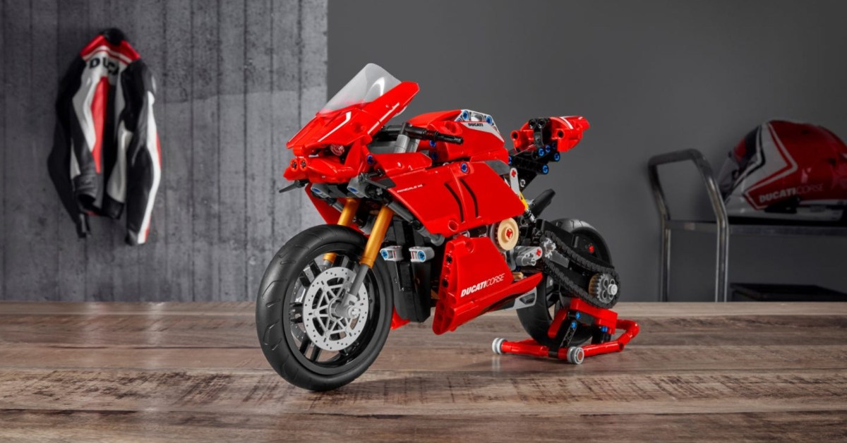 LEGO's Technic Ducati Panigale V4 R Motorcycle drops to $57, more kits from $16