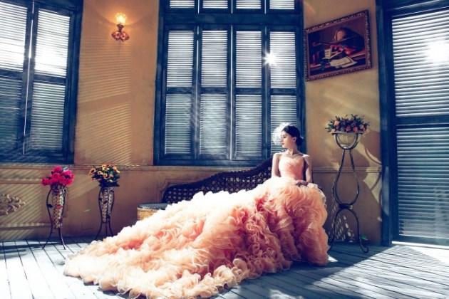 Custom made wedding dress or ready made dress, how to choose...