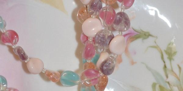 Pastel-tone Necklace