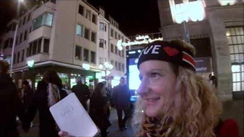 Are you Dutch? Dusseldorf Street Preacher invades Christmas Market