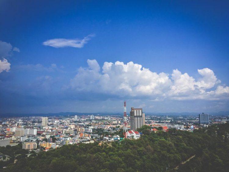 Вид на город Паттайю с высоты