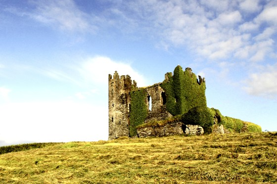 Ruins of Ballycarbery Castle built in the 16th century. The castle is located just a short drive from Cahersiveen