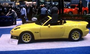 1989 Chicago Auto Show Mazda