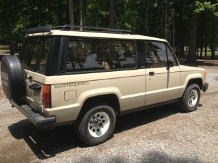 1986 Isuzu Trooper 06