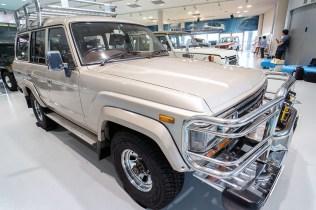 Toyota Land Cruiser FJ62 24