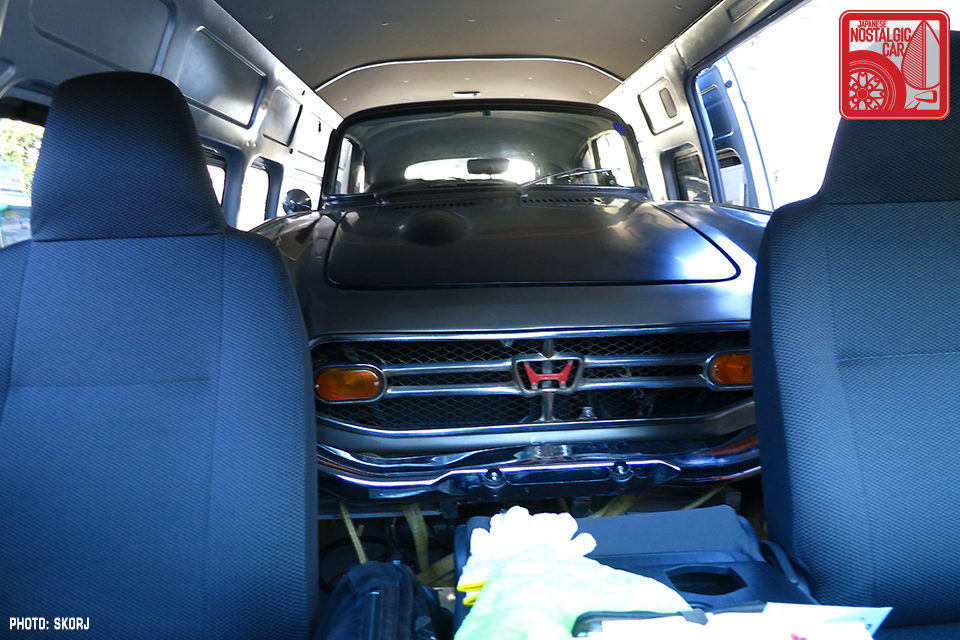 Grand Touring New Use For A Toyota Hiace Japanese