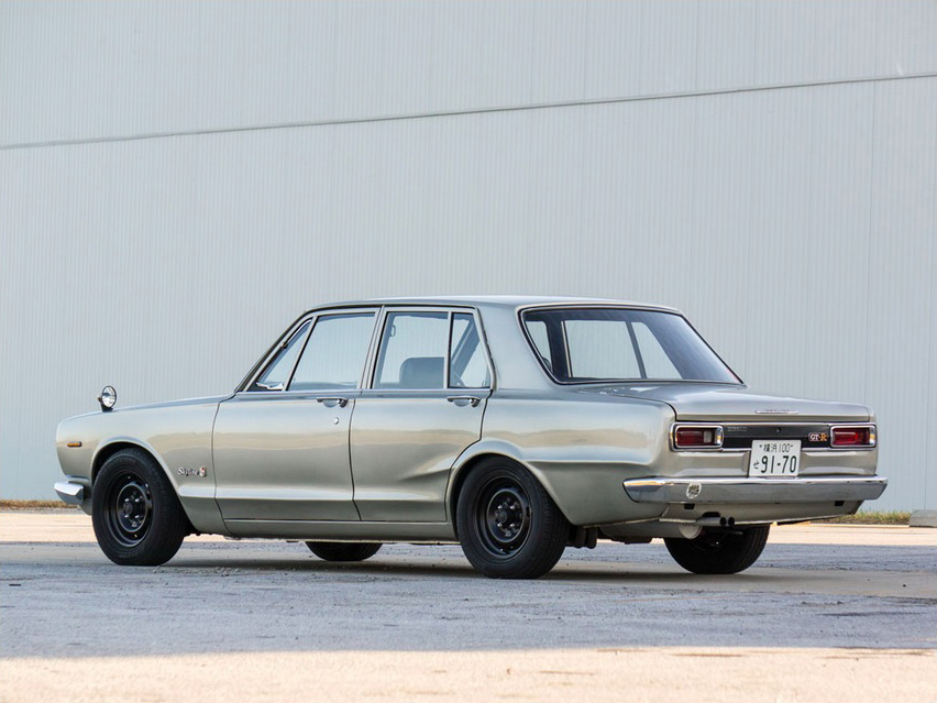 KIDNEY, ANYONE? 4-door Hakosuka GT-R up for auction ...