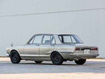 1970 Nissan Skyline GT-R sedan PGC10 02