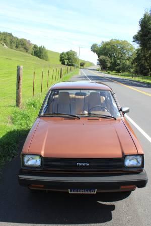 1981-toyota-starlet-copper-metallic11