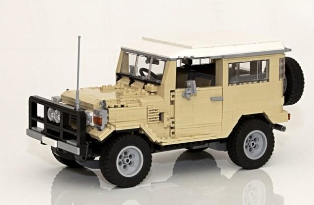 Lego Toyota Land Cruiser 02