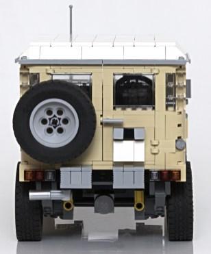 Lego Toyota Land Cruiser 04