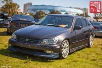 092-4011_LexusIS300 SportCross