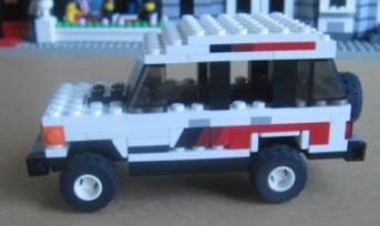 Lego Mitsubishi Pajero Hi-Roof by L-Rides 02