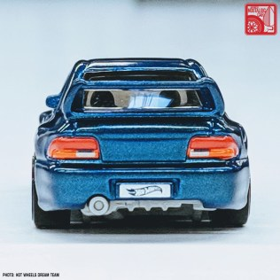 Hot Wheels Subaru Impreza 22B STi 04