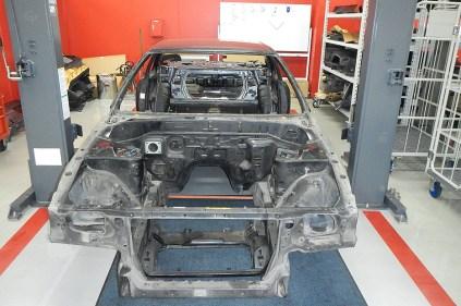 NissanSkylineGTR-R32-NISMORestoredCar 06 disassembly