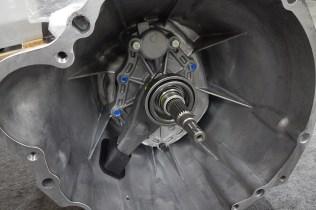 NissanSkylineGTR-R32-NISMORestoredCar 42 transmission