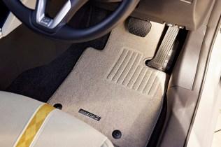 Mazda2-SunlitCitrus 06