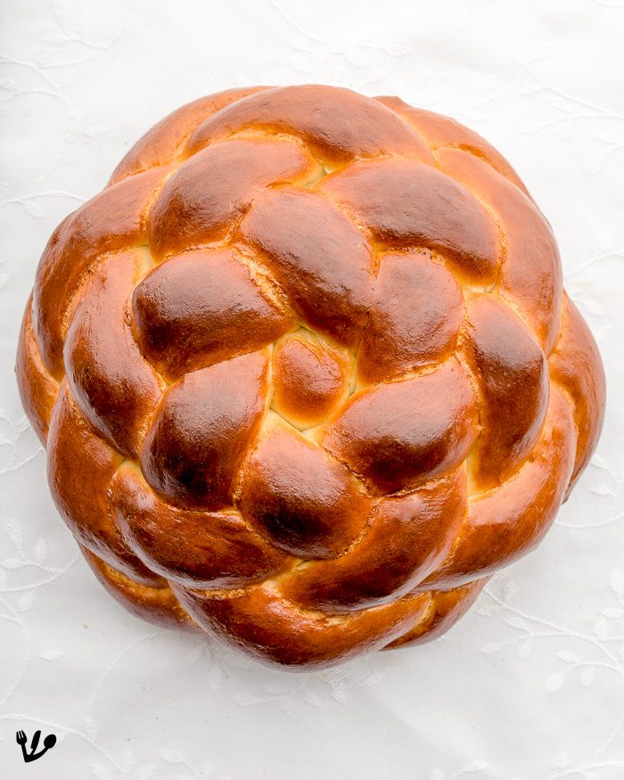 My six-stranded star of David challah and the instructional video I made to illustrate the process.