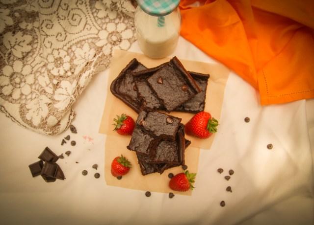 Healthy Brownies #Healthy #Recipes #KatrinasCleanCooking