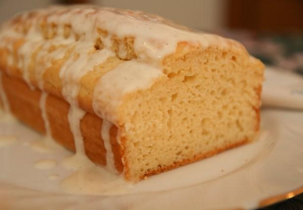 Healthy Lemon Drizzle Loaf Cake #healthy #lemoncake #glutenfree #refinedsugarfree