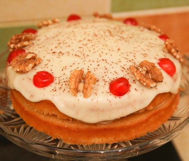 Healthy Almond Bakewell Cake