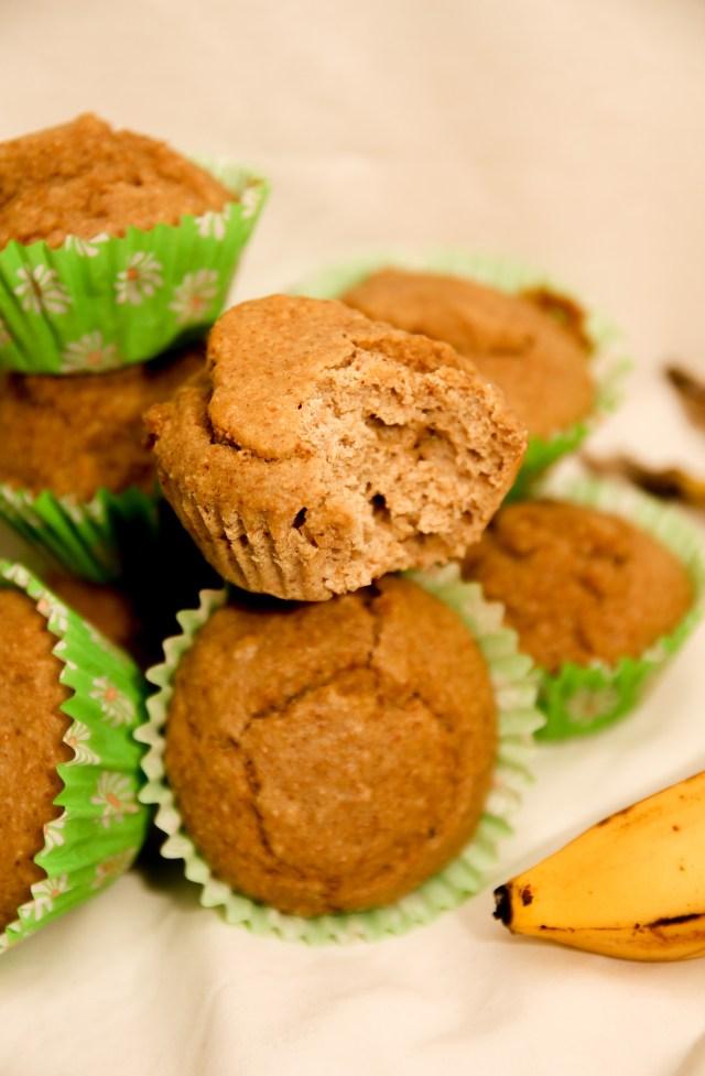 Healthy Banana Muffins #healthy #bananas #glutenfree #refinedsugarfree